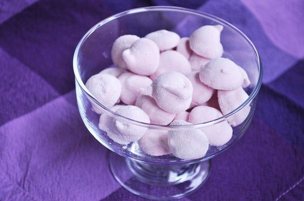 Маршмеллоу Ингредиенты: Сахар — 150 г Вишня