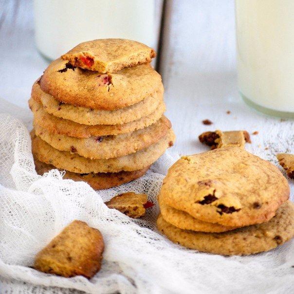 Печенье с клюквой и орехами пекан Ингредиенты: