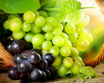 Нужно кушать виноград (советы)